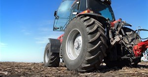 Bridgestone extends 5-year warranty on selected agricultural tyres