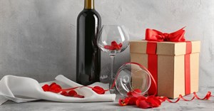 10 ways to win over customers' hearts this Valentine's Day