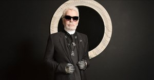 Iconic fashion designer Karl Lagerfeld dies