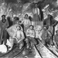 Chinese, black and white labourers in a South African gold mine probably taken between 1904 to 1910. Source: Carptenter/Library of Congress via pingnews (public domain)