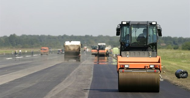 R172m road upgrade project launched