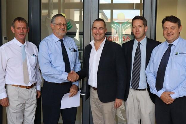 Agri SA, SAAFWUA signs MoU to enhance water resource management