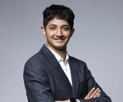 Harnil Oza is the CEO of Hyperlink InfoSystem