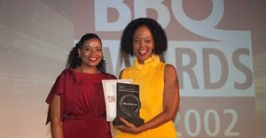Pictured above (right) is Dr Nobuhle Judy Dlamini, winner of the Comair Outstanding Woman in Business Award and the overall Platinum Award for the evening, with Njabulo Sithole (left), Member of the Comair Board of Directors.