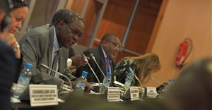 (L-R) Zouhair Chorfi, Secretary general of the Ministry of Economy and Finance, Morocco, newly elected Chair of the bureau of the committee of experts; HE Elsadig Bakheit Elfaki Abdalla, Chair of the outgoing bureau of the committee of experts; Vera songwe, Executive Secretary of the UN Economic Commission for Africa. Credit: United Nations Economic Commission for Africa (ECA).