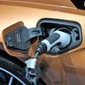 Sharp rise in electric car sales important in slowing pace of global warming