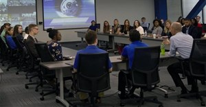 Applications now open for 2020 internship at Boeing