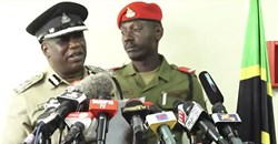 A screenshot of Dar es Salaam police chief Lazaro Mambosasa, left, speaking at a July 30 press conference. Mambosasa said that police have detained freelancer Erick Kabendera. Credit: CPJ/YouTube/Kwanza TV.