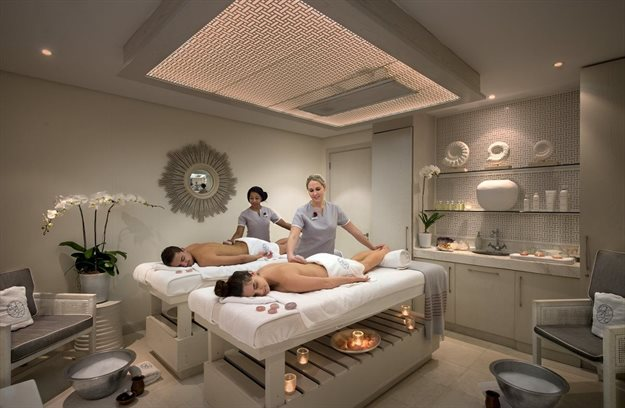 A couples' massage at the Oyster Box Spa. All images provided.
