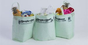 From bottle to bag: Nationwide roll-out of PnP bags made from recycled plastic