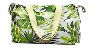 Uzwelo Bags - stylish bags that help the environment and give a helping hand to seamstresses