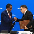 Minister of Innovation and Technology of the Federal Democratic Republic of Ethiopia, Getahun Mekuria Kuma.and Rosatom Director General Alexey Likhachev,
