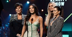 The cast of Keeping Up With the Kardashians picking up the Reality Show of 2019 People's Choice Award. Image credit: Christopher Polk/E! Entertainment/NBCU Photo Bank.