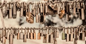 The do's and don'ts of password management