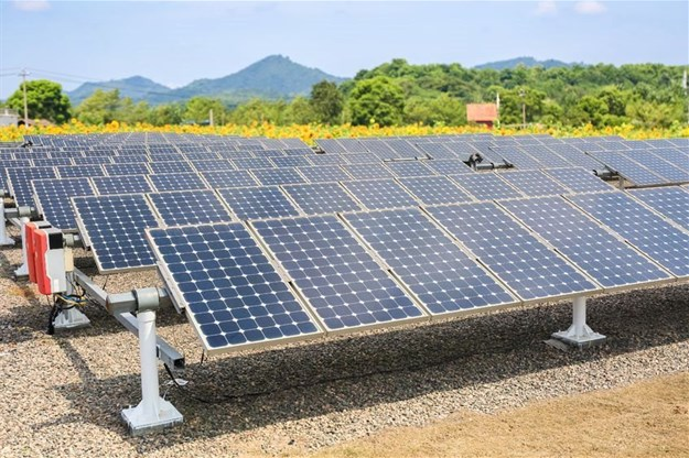 Using solar energy to contribute to SA's national electricity grid