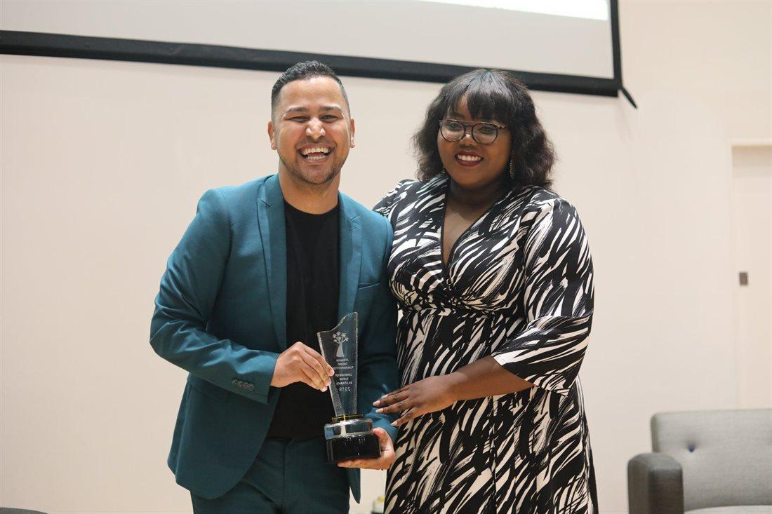 Jacaranda FM's Renaldo Schwarp scoops a prestigious 'Afrikaanse Taalraad Koker' Award