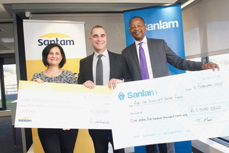 From left to right: Lizé Lambrechts, CEO of Santam, Omri van Zyl, CEO of Agri SA and Temba Mvusi, board director for Sanlam and CE of Sanlam Group Market Development.