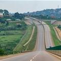 The Kampala-Entebbe expressway. Andi111/Shutterstock.com