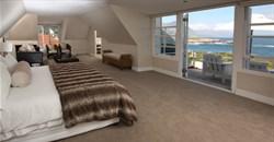 Make Ocean Eleven luxury guesthouse your Hermanus homebase