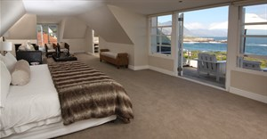 Make Ocean Eleven luxury guesthouse your Hermanus homebase