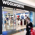 Woolworths execs accept pay cuts to financially assist staff