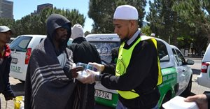 Kia Motors donates 6 vehicles to SANZAF in support of food relief and welfare services