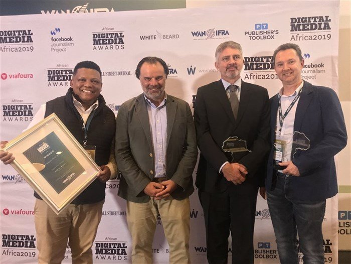 Flanked by Food For Mzansi co-founders Ivor Price (far left) and Kobus Louwrens (far right) is Vincent Peyrègne (CEO of Wan-Ifra) and Chris Roper (deputy CEO of Code4Africa)