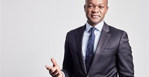 Xoli Mngambi joins Newzroom Afrika to anchor morning show