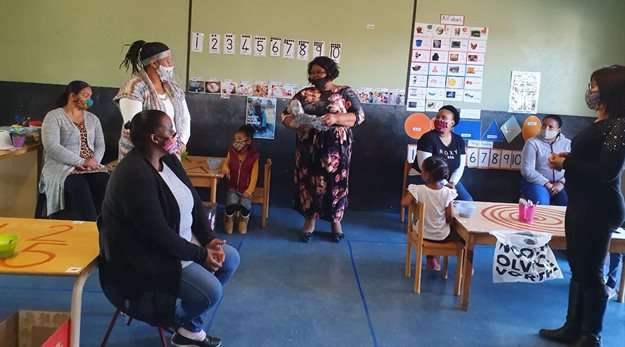 Jeffreys Bay Wind Farm funds 5,000 masks for local schools