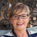 Darlene Menzies awarded business leadership award