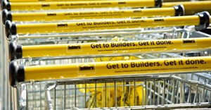 Builders inches into shopping malls with Cresta store opening
