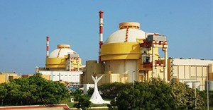 Kudankulam Nuclear Power Plant (KKNPP) Units 1 and 2. Photo: Reetesh Chaurasia/Wiki Commons