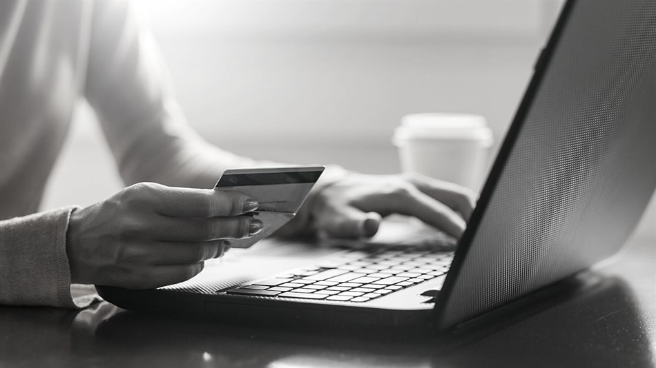 Online retailers continue to face challenges that undermine the customer experience