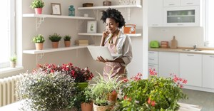 4 things to consider before you start your side hustle