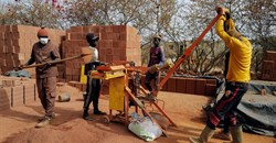 Senegal architects ditch concrete for earth in revival of old techniques