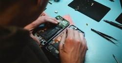 A new door-to-door Samsung smartphone repair service launches in South Africa