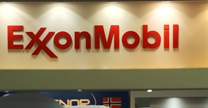 A logo of the Exxon Mobil Corp is seen at the Rio Oil and Gas Expo and Conference in Rio de Janeiro, Brazil September 24, 2018. Reuters/Sergio Moraes/File Photo/File Photo