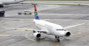 A South African Airways (SAA) plane taxis after landing at O.R. Tambo International Airport in Johannesburg, South Africa, January 18, 2020. Reuter/Rogan Ward/File Photo
