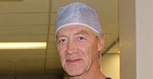 Top SA urologist becomes first to complete 1000 robotic surgeries