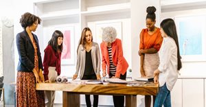 Women supporting each other in business - a winning formula!