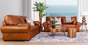 Why the timeless Leather Gallery Carolina leather sofa suite is perfect for family living rooms