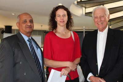 Yasin Johnson (Northlink College Work placement Officer), Liezl Thiart (CTP Newspaper) and Gordon Metter (Deputy President Cape Chamber of Commerce)