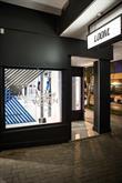 Nike's Free Inneva Woven window installation.