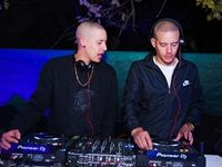 Twinz on Decks