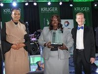 The recipients of the KNP Achievement Awards