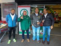 Springboks legends take part in charity challenge at SuperSpar